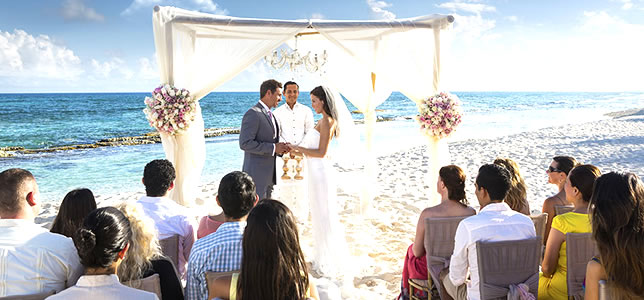 Karisma Hotels & Resorts Gourmet All-inclusive Wedding in the Riviera Maya