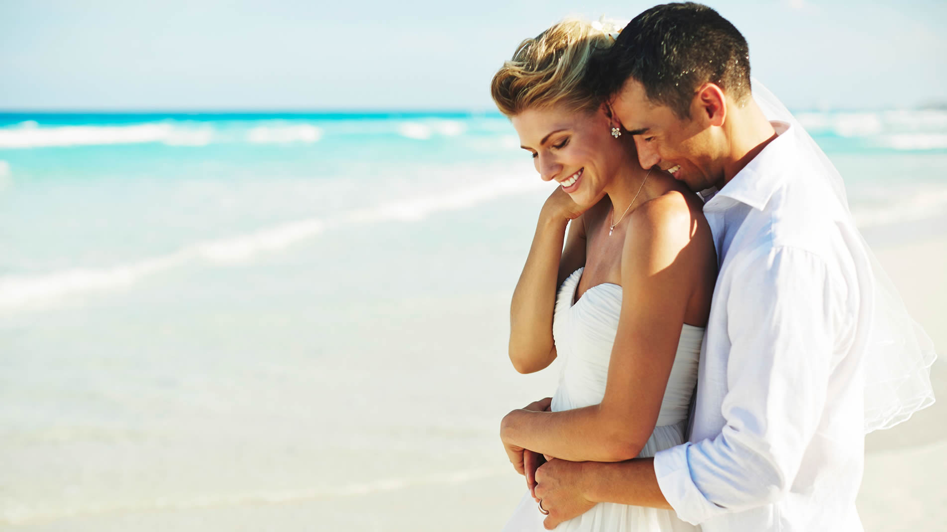Playa wedding packages were created to exceed the expectations of your dream wedding select from 5 stunning beach wedding packages.