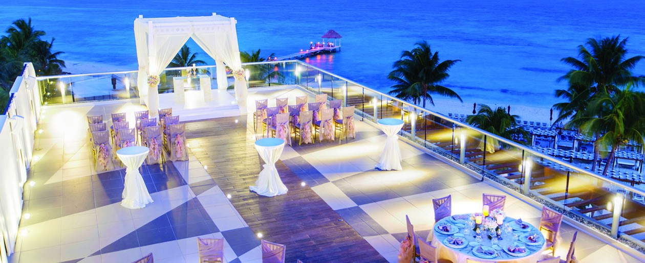 Azul Five Hotel, by Karisma sky wedding atop resorts rooftop terrace.