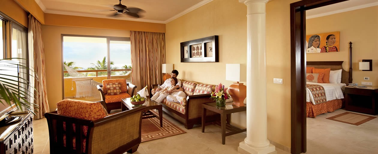 These suites offer 127 m of elegantly designed, intimate space perfect for your romantic honeymoon.
