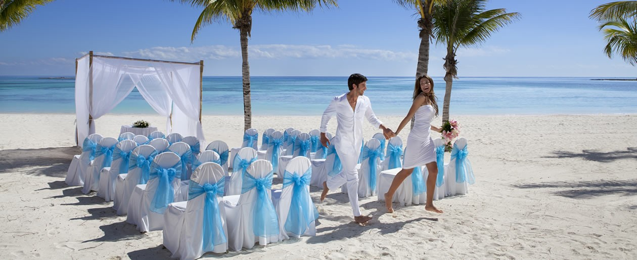 Celebrate your wedding at the Barceló Maya Tropical private beach voted one of the best in the world.