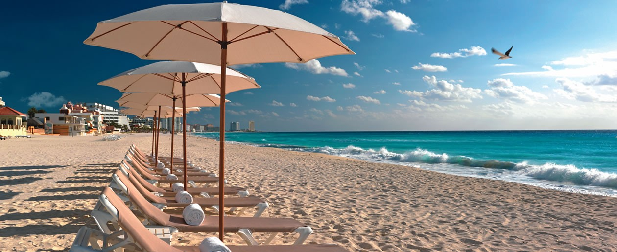 One of the best beaches in all of Cancun for your beautiful Cancun beach wedding ceremony.