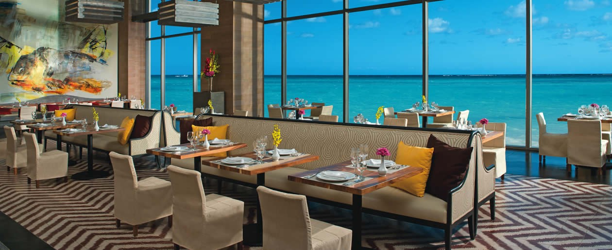 Guests can enjoy gourmet cuisine from Market Cafe while over looking the beautiful Caribbean Sea.