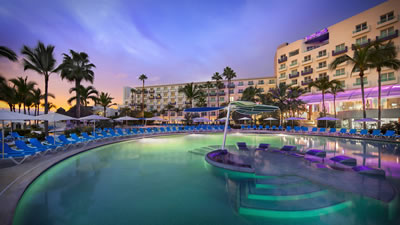 Hard Rock Hotel Vallarta Resort for families and weddings
